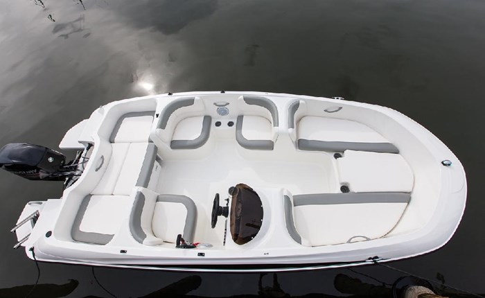 2020 Bayliner E16 Photo 4 of 9