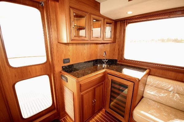 2020 Fleming 65 Pilothouse In Stock Photo 5 sur 47
