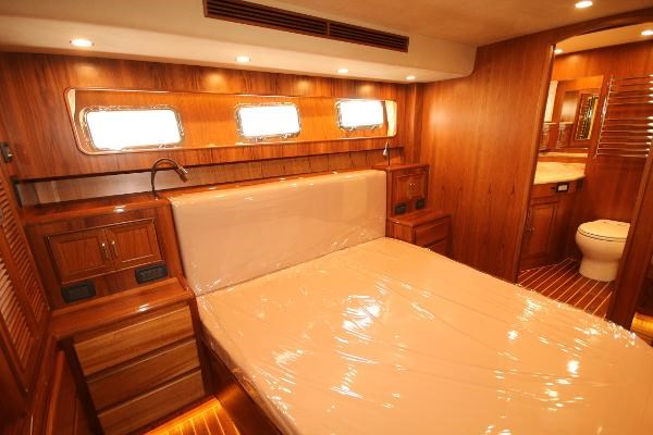 2020 Fleming 65 Pilothouse In Stock Photo 8 sur 47