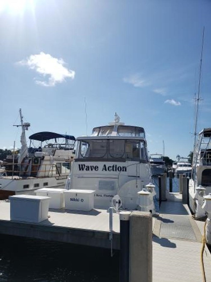 2003 Silverton 453 Motor Yacht Photo 5 of 60