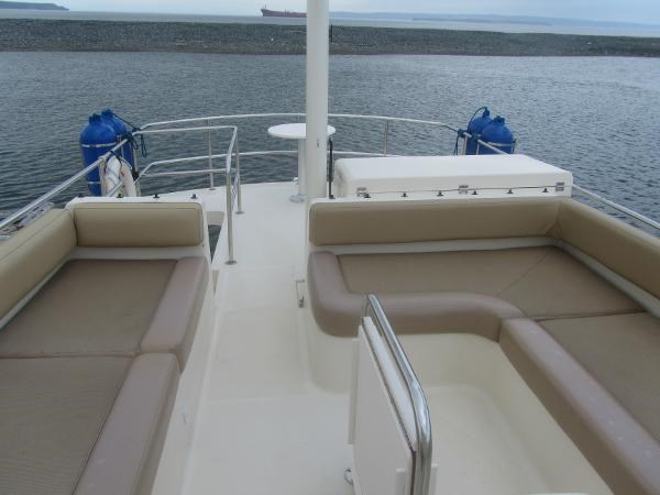 2006 Mainship 40 Trawler Photo 11 sur 37