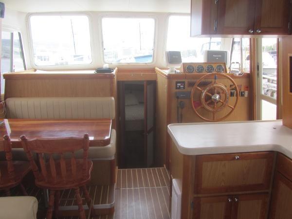2006 Mainship 40 Trawler Photo 14 sur 37