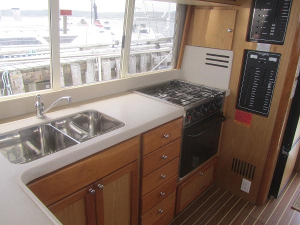 2006 Mainship 40 Trawler Photo 19 sur 37