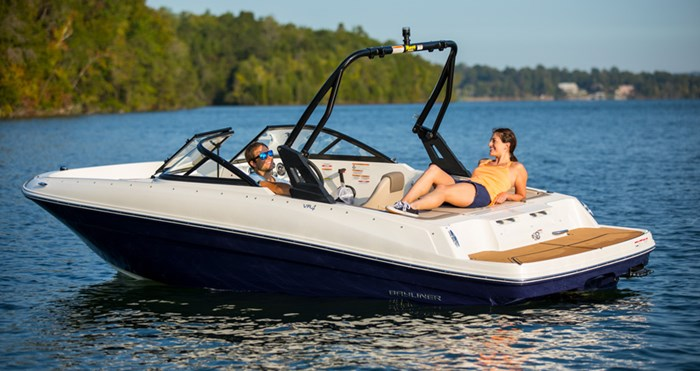 2020 Bayliner VR4 IO Photo 1 of 1