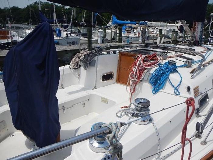 1997 Sabre Yachts Photo 8 sur 35