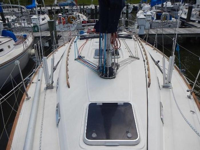 1997 Sabre Yachts Photo 9 sur 35