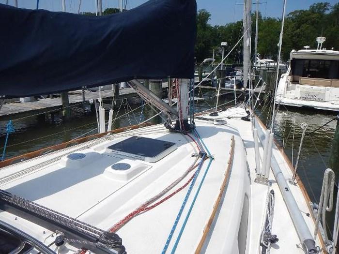 1997 Sabre Yachts Photo 10 sur 35