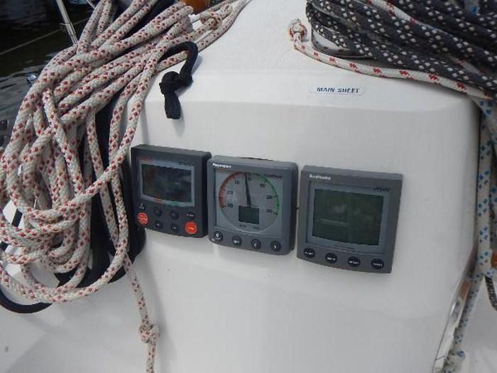 1997 Sabre Yachts Photo 18 sur 35