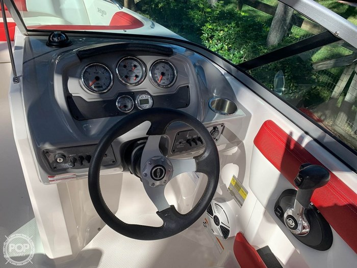 2015 Chaparral 21 H20 Sport Photo 6 of 20