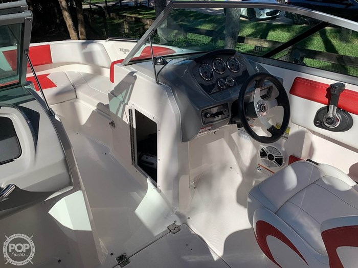 2015 Chaparral 21 H20 Sport Photo 20 of 20