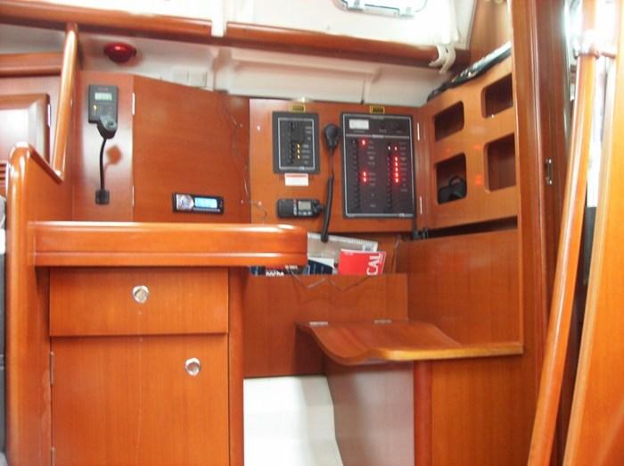 2006 Beneteau 423 Photo 23 sur 29