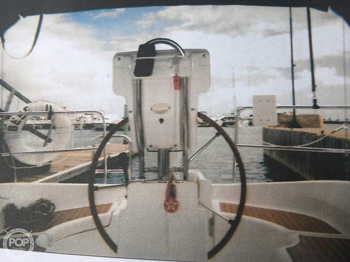 2005 Beneteau 323 Photo 3 sur 16