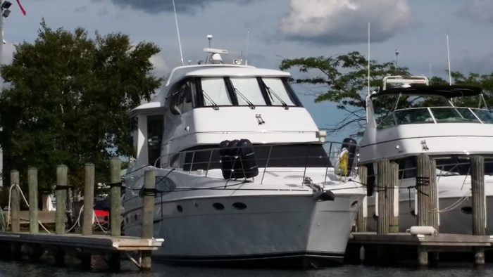 2000 Carver 506 Motor Yacht Photo 4 of 56