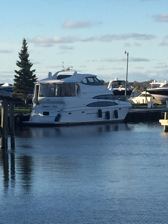 2000 Carver 506 Motor Yacht Photo 9 of 56