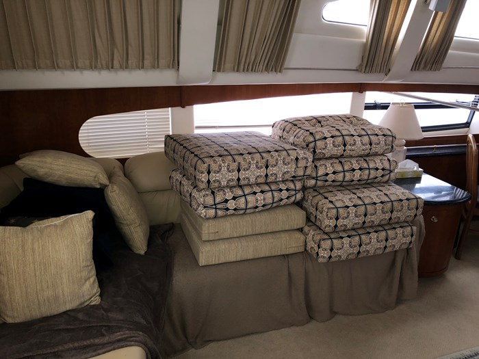 2000 Carver 506 Motor Yacht Photo 27 of 56