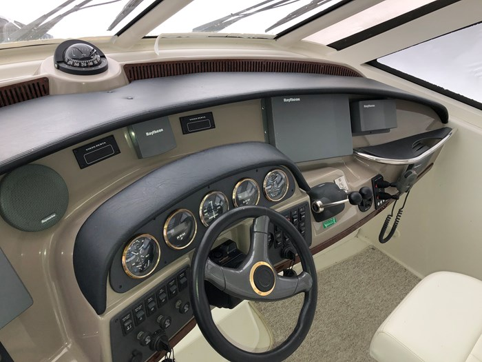 2000 Carver 506 Motor Yacht Photo 46 of 56
