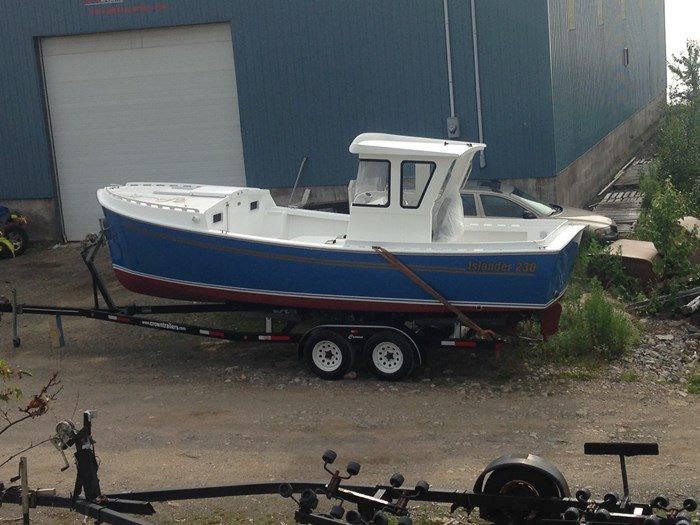 2020 custom Islander 230 Photo 4 sur 14