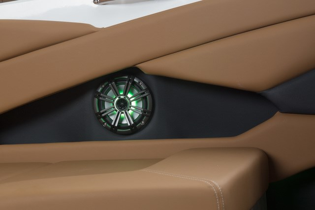 2020 Glastron GT225 Photo 11 of 16