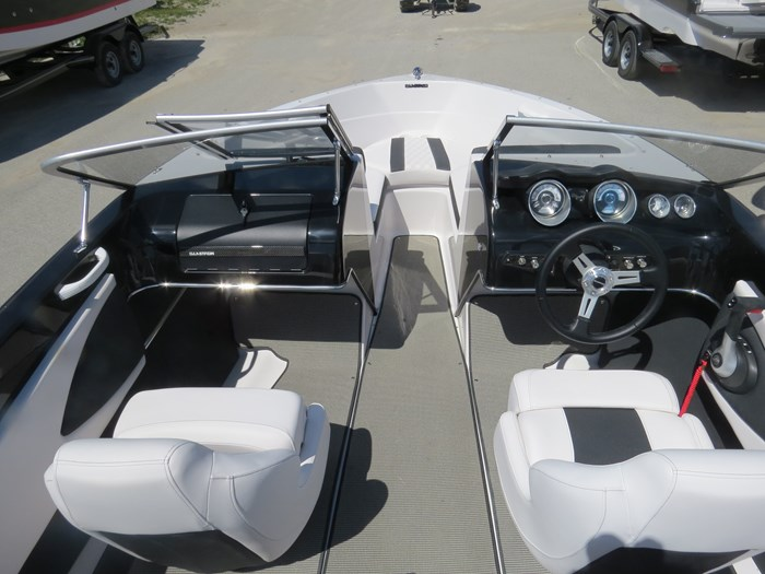 2020 Glastron GT 180 Mercury 150HP Trailer Photo 5 of 17