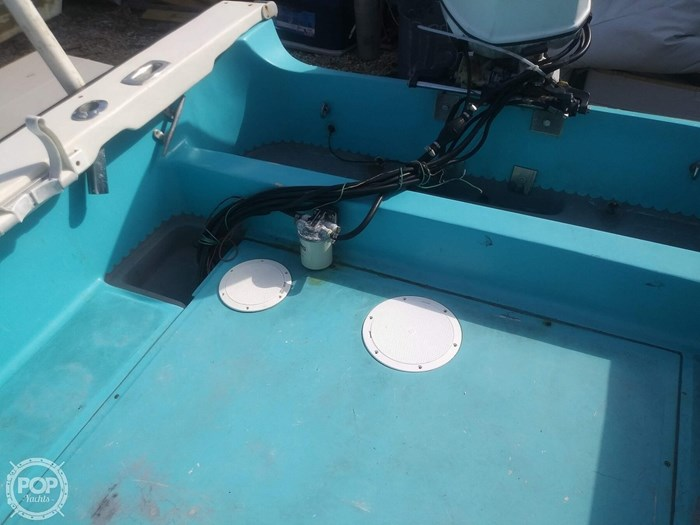 1988 Boston Whaler Outrage Photo 16 sur 20