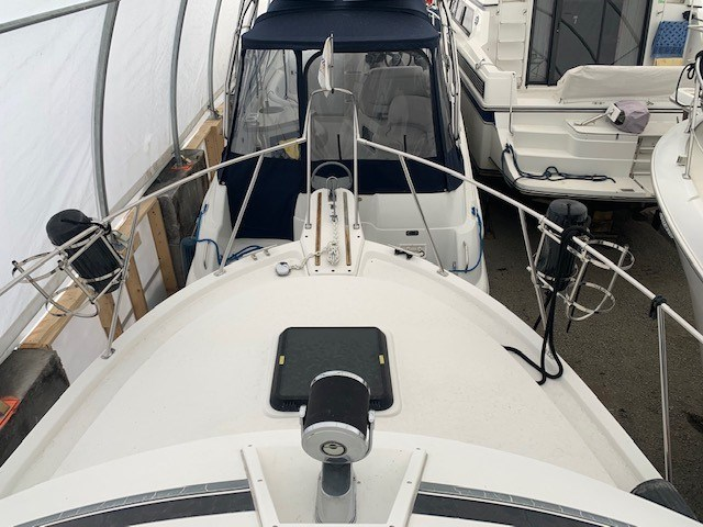 1986 Carver 28 Voyager Photo 4 of 18