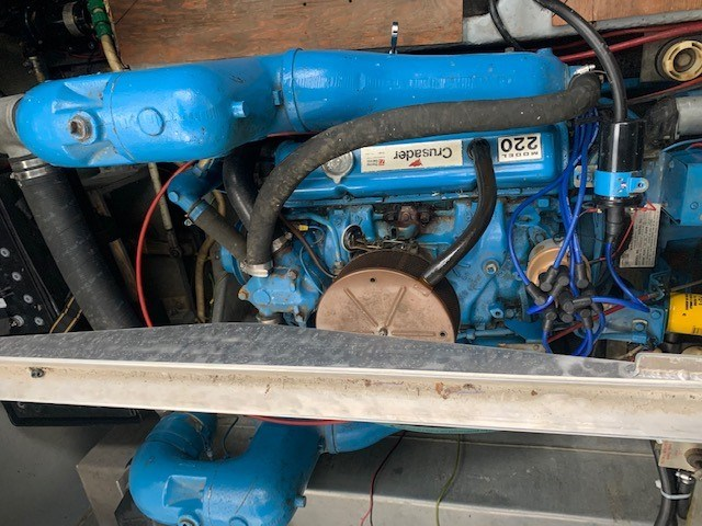 1986 Carver 28 Voyager Photo 18 of 18