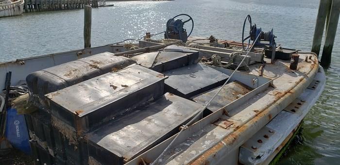 1987 1987 50′ x 14′ x 3′ Steel Work Boat/Cargo Tug - NEW PRICE Photo 3 sur 27