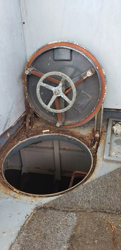 1987 1987 50′ x 14′ x 3′ Steel Work Boat/Cargo Tug - NEW PRICE Photo 20 sur 27