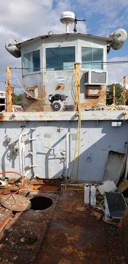 1987 1987 50′ x 14′ x 3′ Steel Work Boat/Cargo Tug - NEW PRICE Photo 5 sur 27