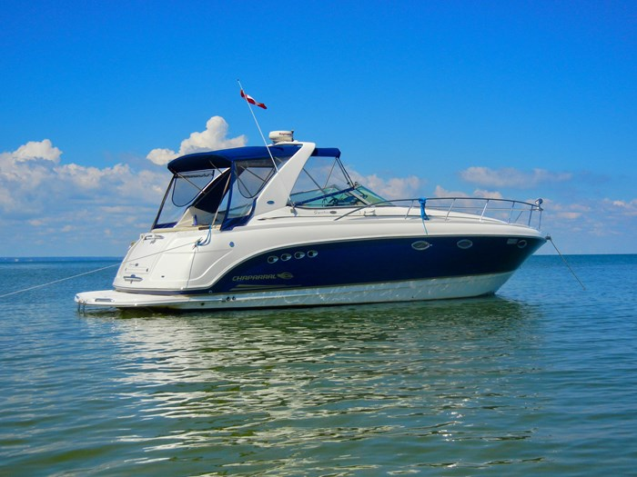 2004 Chaparral 350 Signature Photo 1 of 28