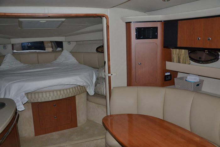 2004 Chaparral 350 Signature Photo 26 of 28