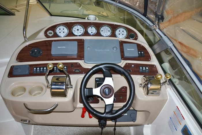 2004 Chaparral 350 Signature Photo 6 of 28