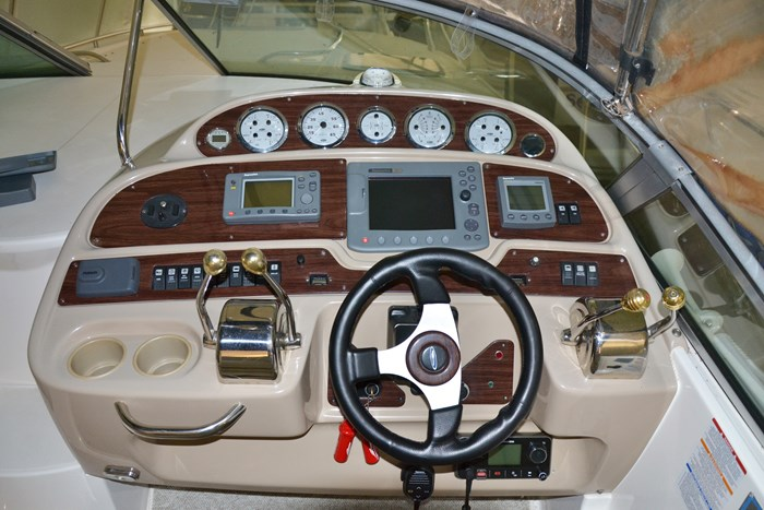 2004 Chaparral 350 Signature Photo 7 of 28