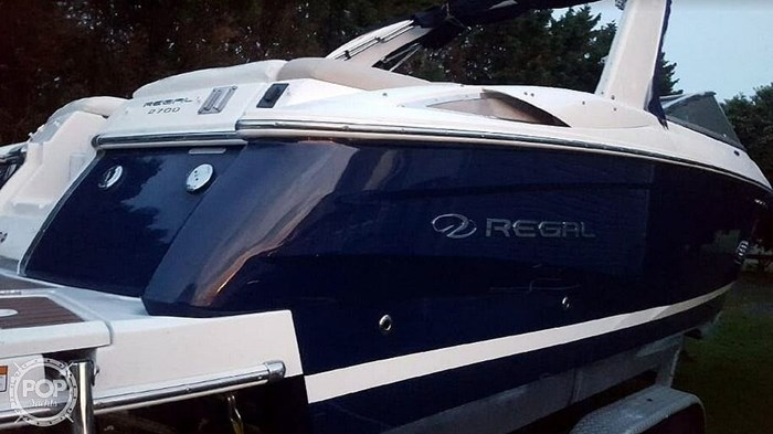 2012 Regal 2700 Photo 2 sur 21