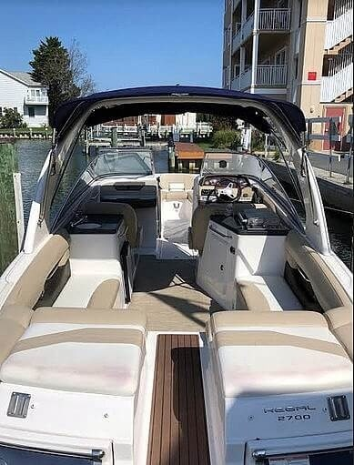 2012 Regal 2700 Photo 5 sur 21