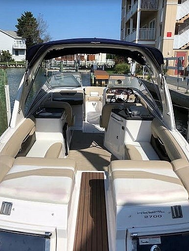 2012 Regal 2700 Photo 6 sur 21