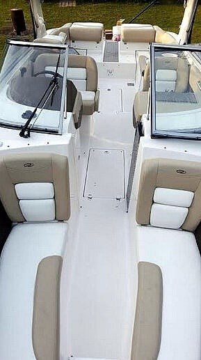 2012 Regal 2700 Photo 7 sur 21