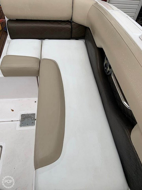 2012 Regal 2700 Photo 20 sur 21