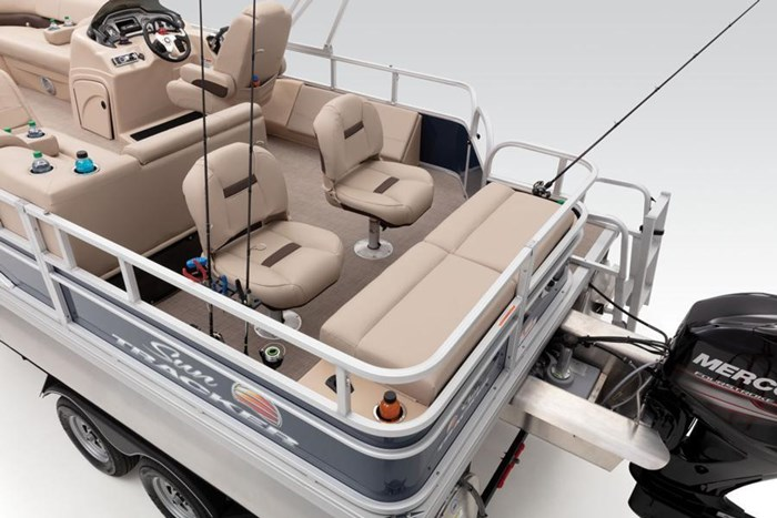 2019 Sun Tracker Sport Fish 22 DLX Photo 21 of 23