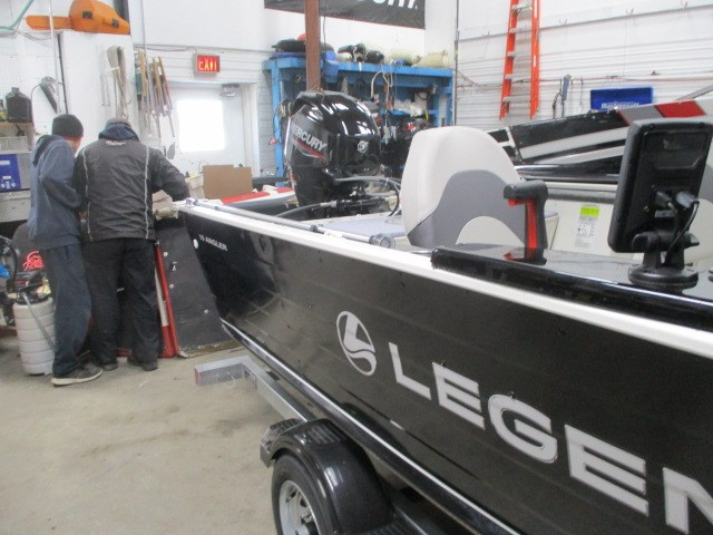 2017 Legend Angler 15 Photo 3 sur 12