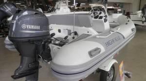 2020 Highfield Ocean Master 420 Deluxe Photo 1 of 3