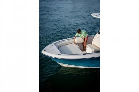 2020 Grady-White Fisherman 216 Photo 9 of 22