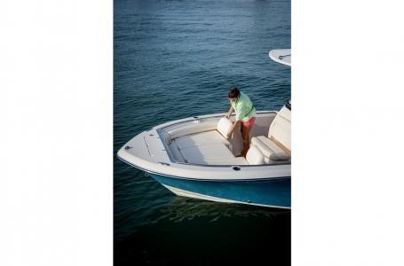 2020 Grady-White Fisherman 216 Photo 10 of 22