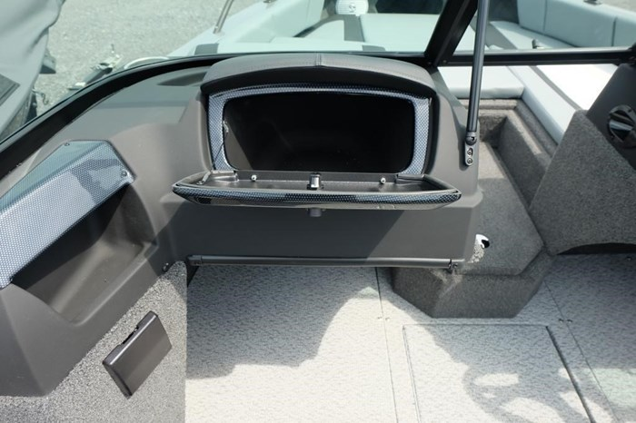 2020 Lowe FS 1700 Merc 115HP Trailer Fish Finder Stereo Photo 14 of 25