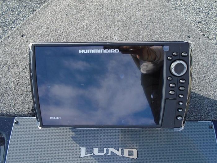 2020 Lund 1875 Pro V Bass XS Photo 4 of 17