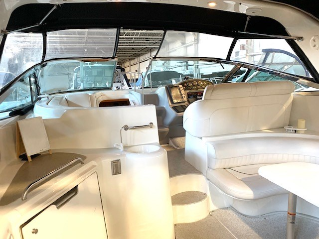 2001 Cruisers Yachts 3870 Express Photo 25 sur 61