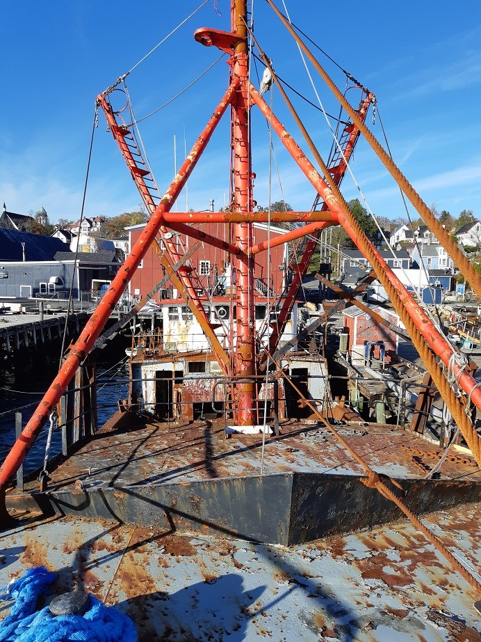 1963 121′ x 26.5′ Steel Hull Scallop Dragger – PROJECT BOAT Photo 4 sur 17