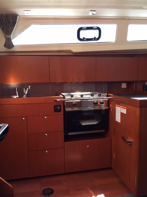 2020 Beneteau Océanis 41.1 Photo 13 of 19