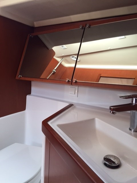 2020 Beneteau Océanis 41.1 Photo 15 of 19