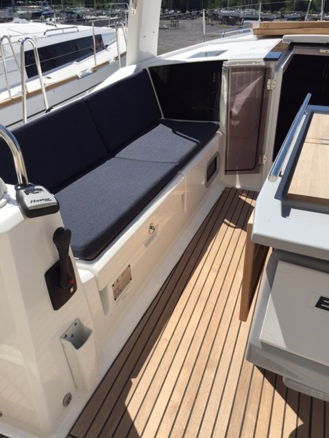 2020 Beneteau Océanis 41.1 Photo 18 of 19